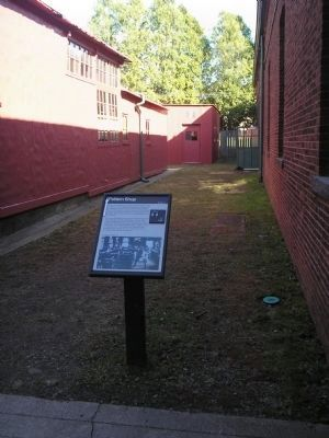 Marker at the Edison National Historic Site image. Click for full size.