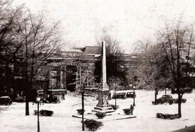 Abbeville County Confederate Monument -<br>Court Square Under a Rare Snowfall image. Click for full size.