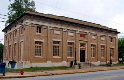 Abbeville Post Office (former) (1912)<br>201 South Main Street image. Click for full size.