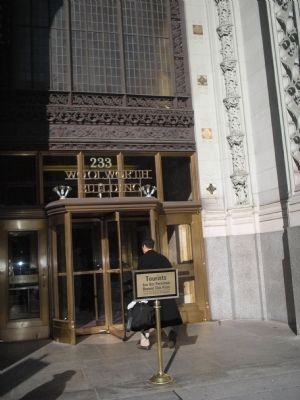 Entrance to Woolworth Building image. Click for full size.