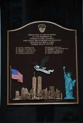 9-11 Firemen Memorial Plaque image. Click for full size.