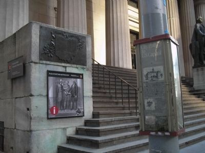 Marker at Federal Hall image. Click for full size.