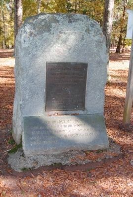 Field of Huck's Defeat Marker image. Click for more information.