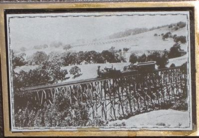 A California and Nevada Train in Orinda image. Click for full size.