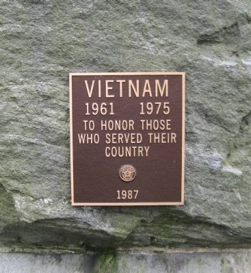 Plaque on the North Face image. Click for full size.
