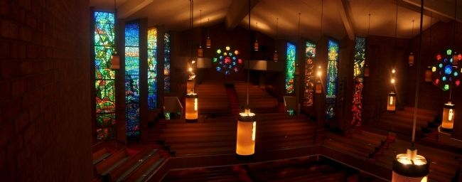 Inside the First Baptist Church Nashville image. Click for full size.