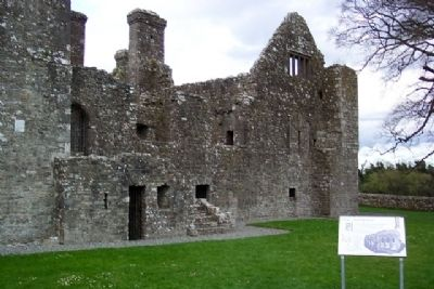 Bective Abbey / Mainistir Bheigtí and Marker image. Click for full size.