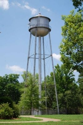 De La Howe Water Tower image. Click for full size.