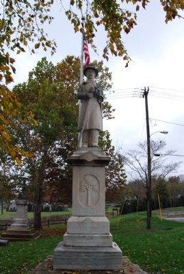 Fort Mill Confederate Monument image. Click for full size.