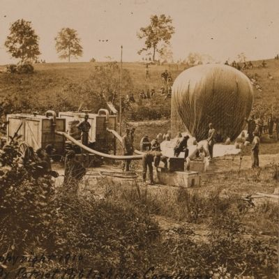Professor Lowe's military balloon near Gaines Mill, Virginia image. Click for full size.