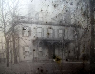 Lytle Mansion image. Click for full size.