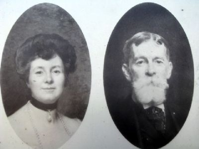 Charles and Anna Taft image. Click for full size.