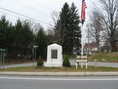 The War Monument Marker next to the War Monument image. Click for full size.
