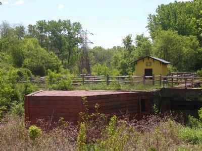 Enlarged Erie Canal Lock 23<br>Lock Tender&#39;s Hut & Wooden Pier image. Click for full size.