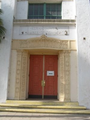 Entrance to the Chamber of Commerce Building image. Click for full size.