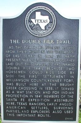 The Double File Trail (Round Rock) Marker image. Click for full size.