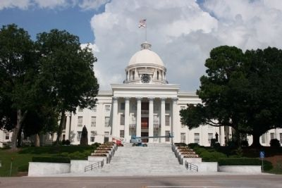 Alabama's State Capitol in Montgomery image. Click for full size.