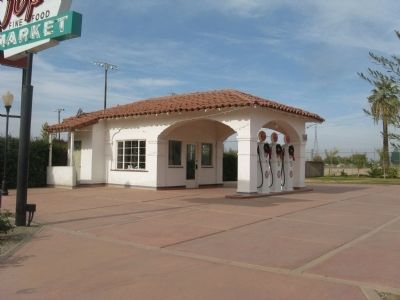 Sonora Service Station image. Click for full size.