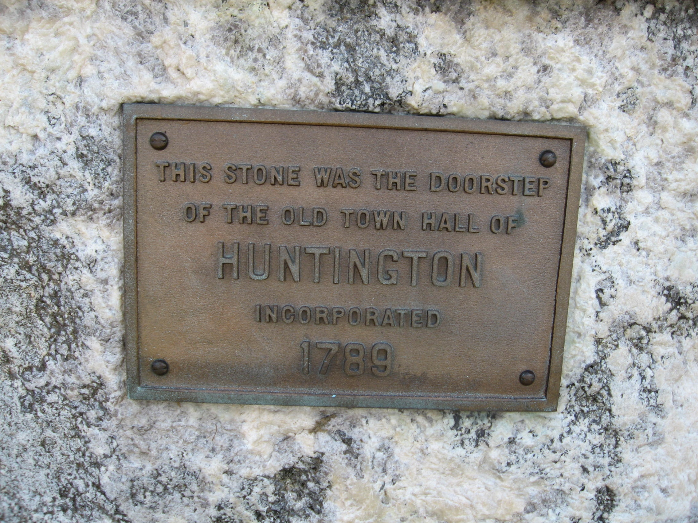 Small Plaque on the Monument