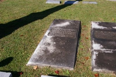 General Edward Dorr Tracy, Jr.'s Grave image. Click for full size.