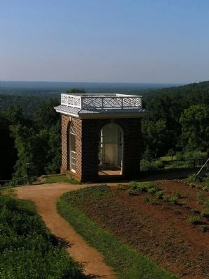 Monticello vegetable garden pavilion image. Click for full size.
