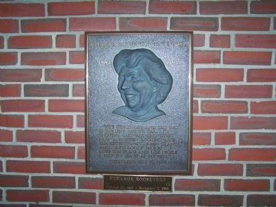 Eleanor Roosevelt Plaque image. Click for full size.