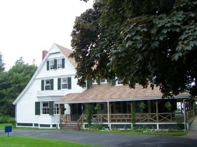 Hubbard Cottage - one of the few remaining residences. image. Click for full size.