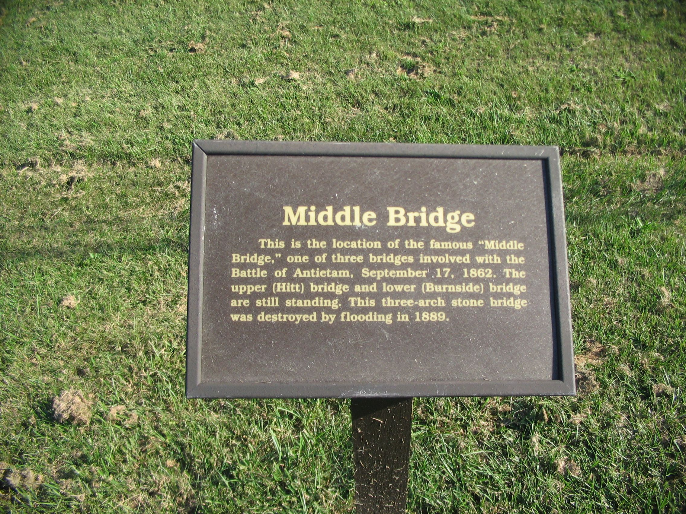 Middle Bridge Marker