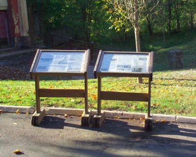 """Changing Face of Glen Echo"" marker next to ""Glen Echo's Crystal Pool"" marker image. Click for full size."