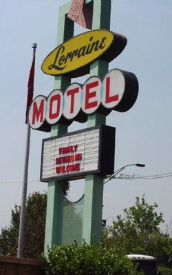 Lorraine Motel Sign image. Click for full size.