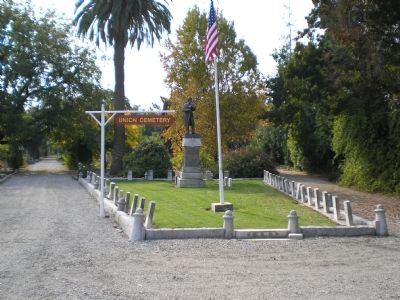 Union Cemetery Civil War Soldiers Memorial image. Click for full size.