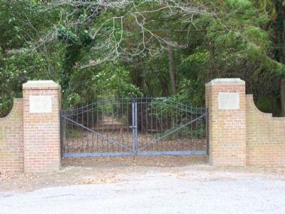 Entrance Gate to Canterbury Manor image. Click for full size.