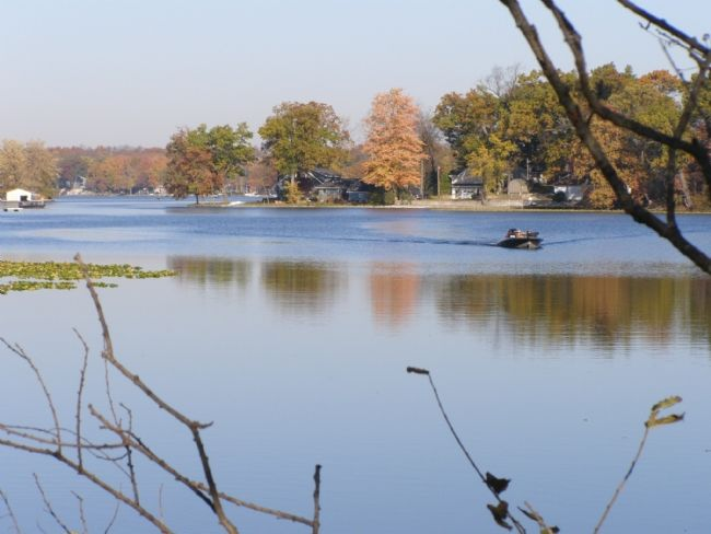 Lake Webster, North of Warsaw image. Click for full size.
