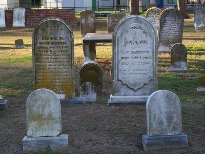 Other Harrington graves in cemetery. image. Click for full size.