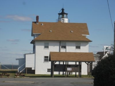 Cove Point Lighthouse image. Click for full size.