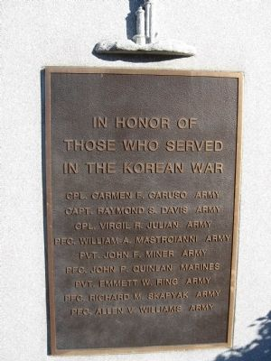 Stratford Korean War Memorial image. Click for full size.
