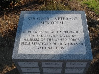Stratford Veterans Memorial image. Click for full size.