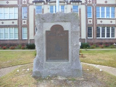 Ocean Springs World War I Memorial Marker image. Click for full size.