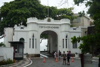 Inner Gateway to <i>Forte de Copacabana</i> and promenade image. Click for full size.