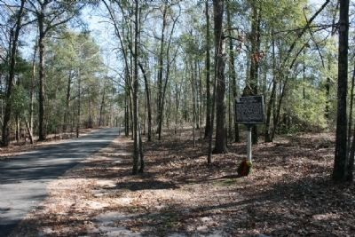 Fort Mitchell Military Cemetery Marker and Road to the Fort Site image. Click for full size.