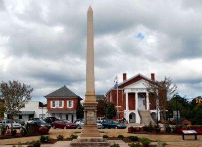 Edgefield County Confederate Monument<br>County Courthouse to Right image. Click for full size.