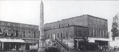 Edgefield Public Square<br>Confederate Monument in Original Location image. Click for full size.