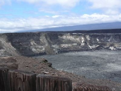 Halema'uma'u Crater from Crater Overlook image. Click for full size.