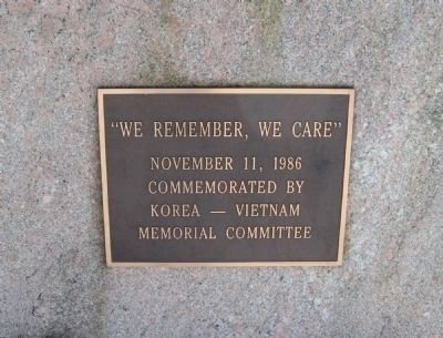 Milford Korea - Vietnam Monument image. Click for full size.