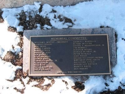 Marker at the Base on the East Side image. Click for full size.