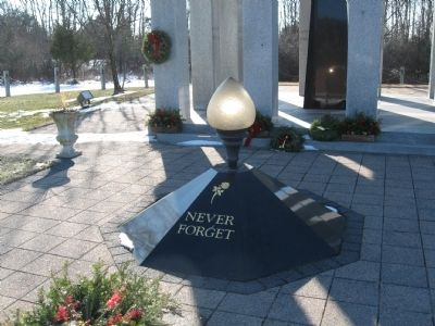 Connecticut Police Memorial image. Click for full size.