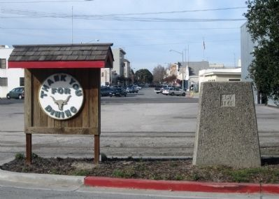 Hollister Train Service Marker - Back of Monument (ECV 1846) with View Down Fifth Street image. Click for full size.