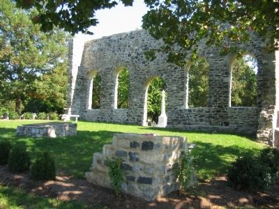 Old Church Ruins image. Click for full size.