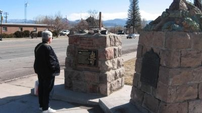 The Panguitch Quilt Walk Marker image. Click for full size.