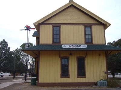 Patagonia Depot image. Click for full size.
